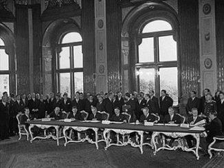 Staatsvertrag Unterzeichnung kl